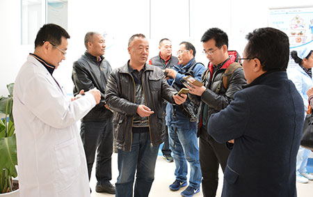青岛市残联来青岛安宁医院托养中心视察调研工作